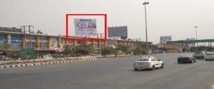 Advertising on Hoarding in Mumbai 37063