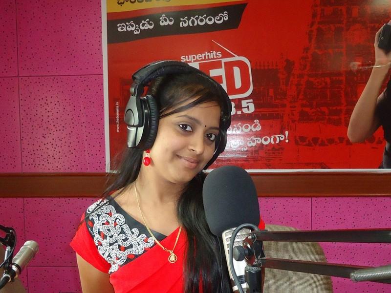 Rj Navitha