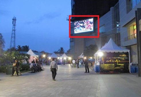 Led Screen - Courtyard