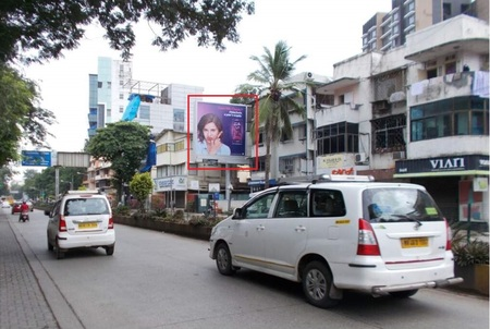 Linking Road, Mumbai - Hoarding Advertising