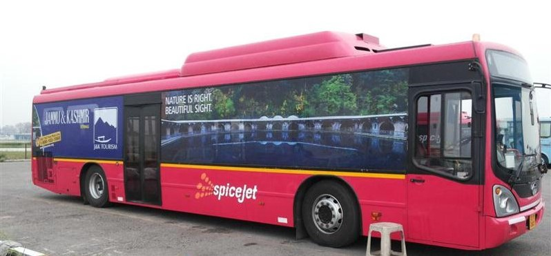 SpiceJet India Airlines-Tarmac Coach Exterior Advertising-Option 1