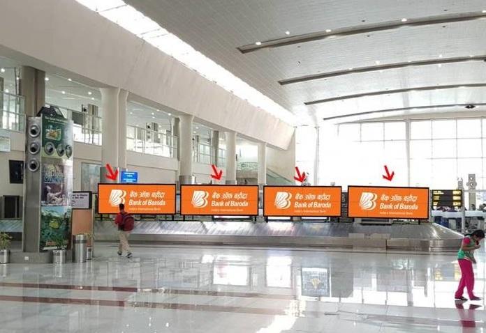 Domestic Arrivals Conveyor Belt - 8 x 4 Ft - Back Lit